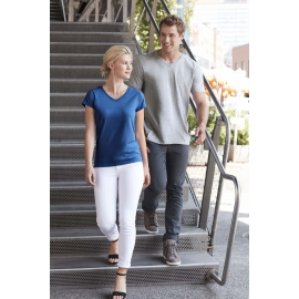 -50% Gildan Softstyle Euro Fit Adult V-neck T-shirt
